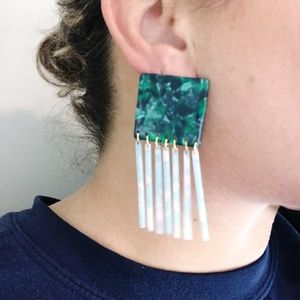 CLOSET REHAB Jewelry - Square Earrings in Green with Blue Fringe